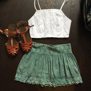 Crop top + crochet skirt outfit